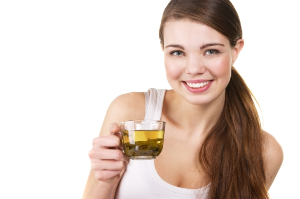 Lionesse-drink-green-tea-for-better-skin